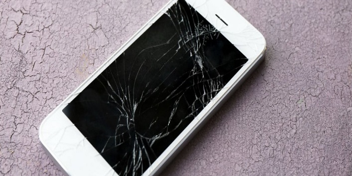 Emotional Stages of Cracking Phone Screen